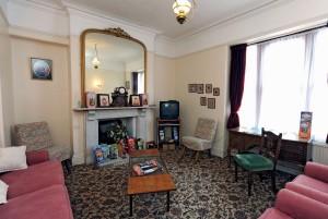 Pembroke Hotel Lounge